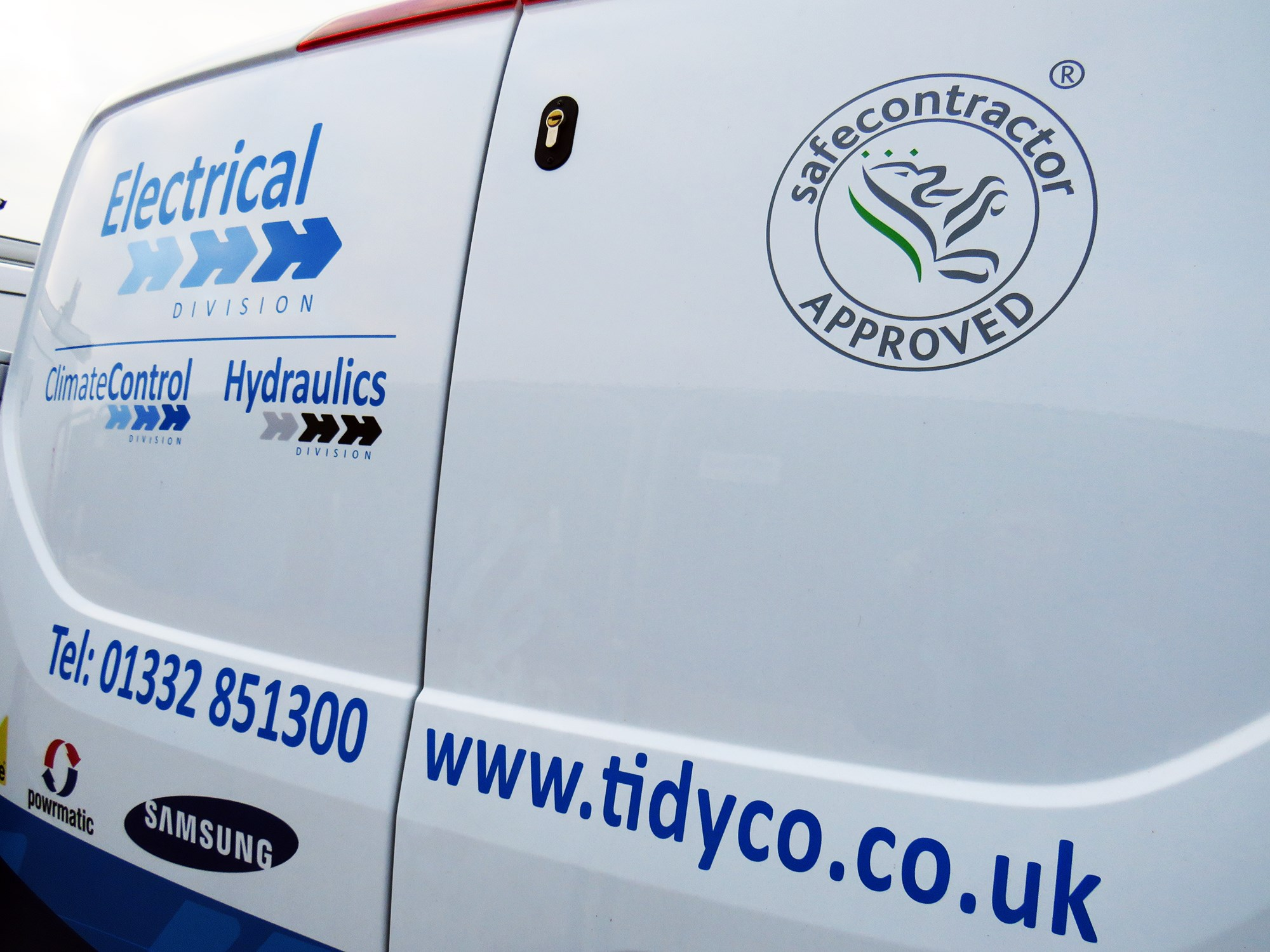 Electrical contractors in Derby, Derbyshire and the Midlands